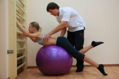 упражнения на фитболе при грыже
