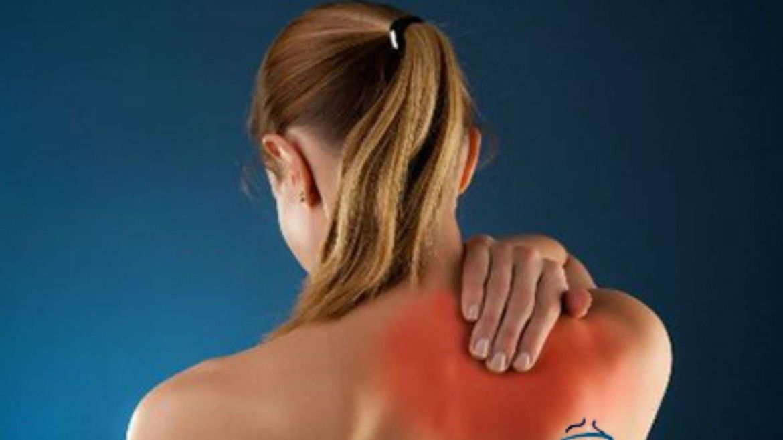 Боли под правой лопаткой со стороны спины