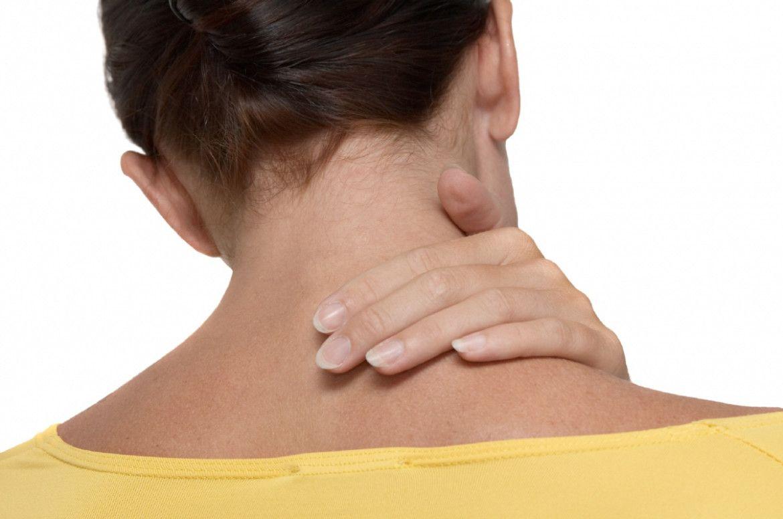 Как выглядит отложение солей на шеи