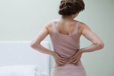 причины сильных болей в спине