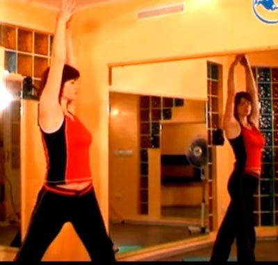 """Упражнение """"Повороты стоя"""" для грудного отдела при межрёберной невралгии"""