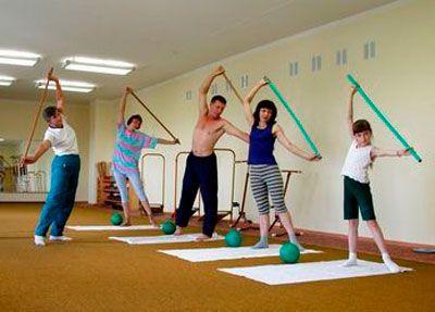 Лечебная гимнастика при остеопорозе для всей семьи