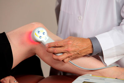 Изображение - Медицинские аппараты для суставов Lazeroterapiya-kolena