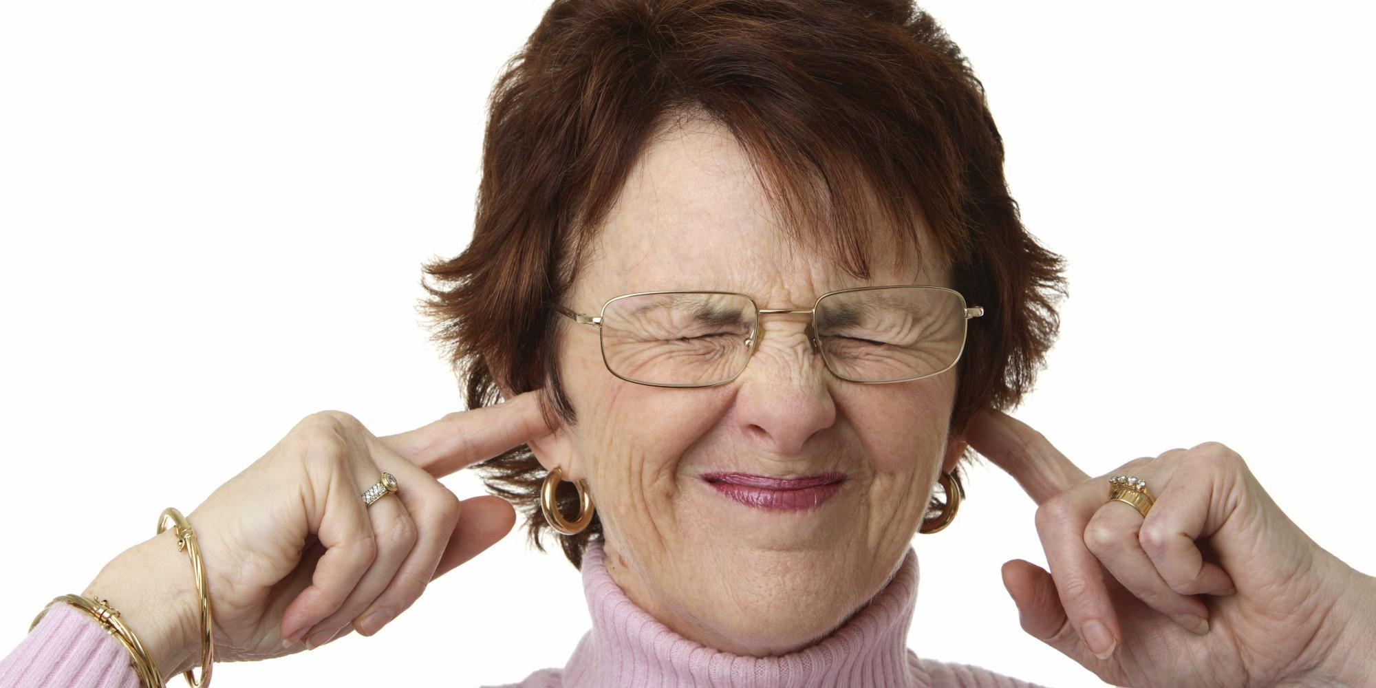Шум в левом ухе и головокружение