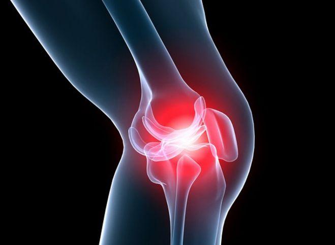 От чего может болеть колено под чашечкой