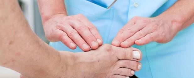болит большой палец на ноге около ногтя