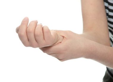 Ноющая боль в руке