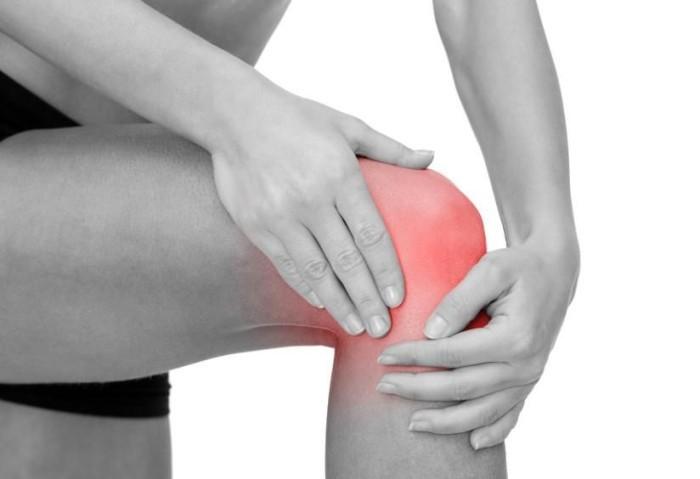Болит и хрустит колено при сгибании и ходьбе лечение