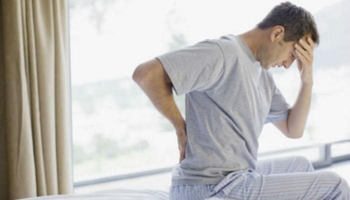 Болит спина в лежачем положении