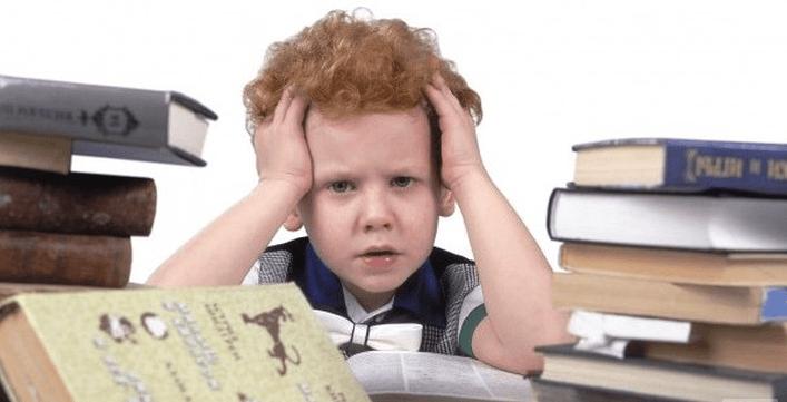 Почему болит голова у подростка 14 лет